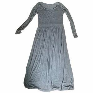 Long sleeve maxi light grey dress with side pocket